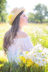 pretty-woman-1509955_1280